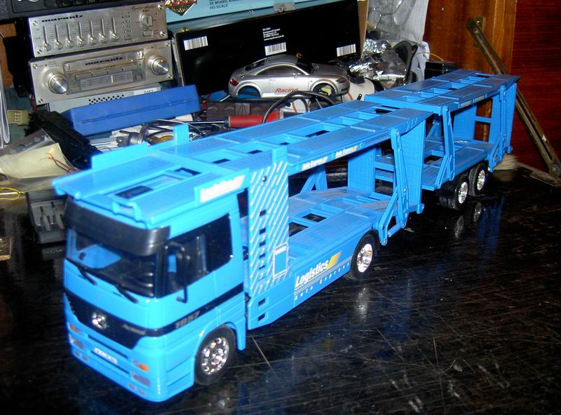 Kyosho Mini Z] Transformation d'une Mini Z en camion porte auto. 01