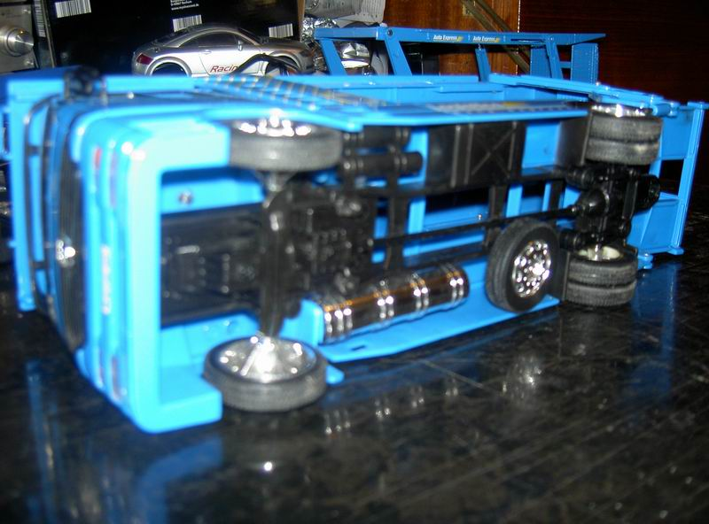 Kyosho Mini Z] Transformation d'une Mini Z en camion porte auto. 02